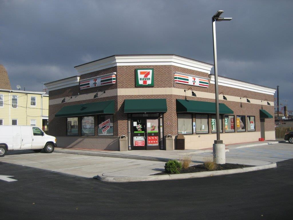 7-11 on Valley and Central Ave.